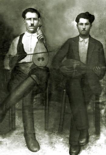 Κρητικοί μουσικοί, αρχές 20ου αιώνα (Γιάννης Χαρκούτσης, Ασκοί, Πεδιάδα).