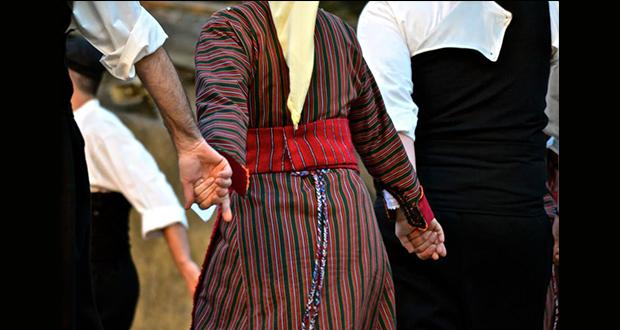 Δάσκαλοι παραδοσιακού χορού: Πόσες κατηγορίες υπάρχουν;