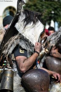 Ένα μαγευτικό έθιμο κατέλαβε την Θεσσαλονίκη - «Οι δρόμοι του κουδουνιού» για 3η χρονιά