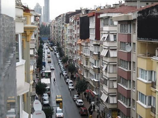 Η πιο πολυπληθής περιοχή απο άποψη Ελληνικού στοιχείου σήμερα στην Πόλη. Μαζί με το Φερίκιοϊ συγκεντρώνει πάνω απο 1200 ομογενείς και διαθέτει τρεις εκκλησίες.