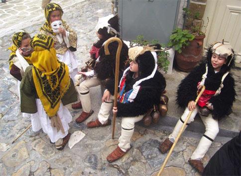 Το Σκυριανό Καρναβάλι, τα κουδούνια και οι Γέροι του
